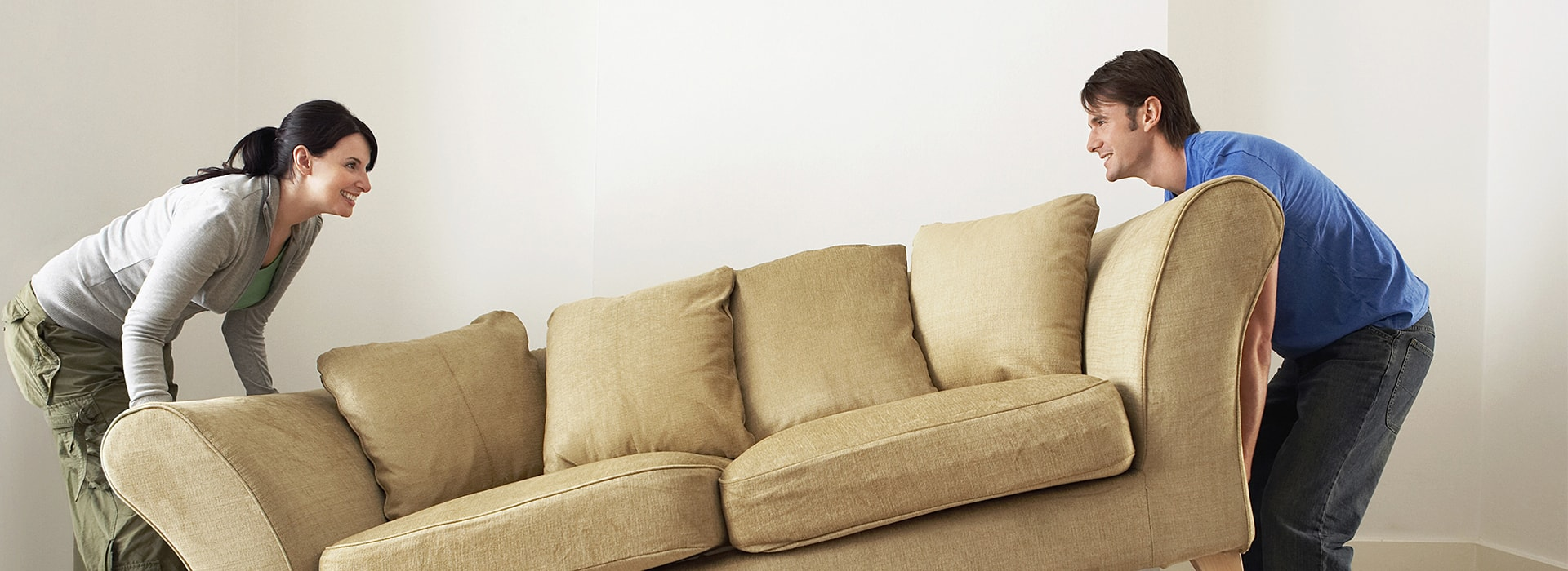 Use removal tips to move your house easily.